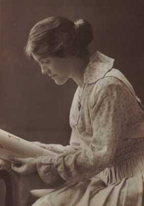 Dorothy Emily Tompson (PG)
